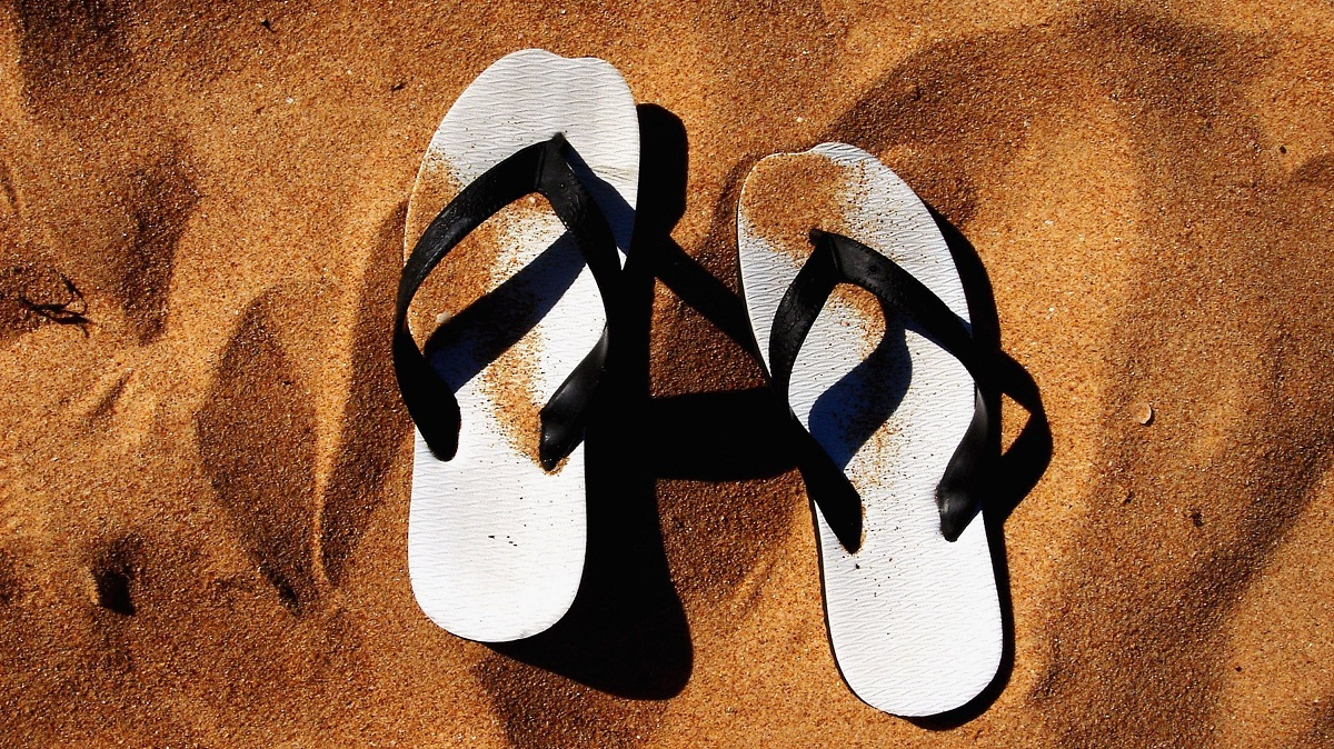 south-african-expats-bare-feet-and-sandals