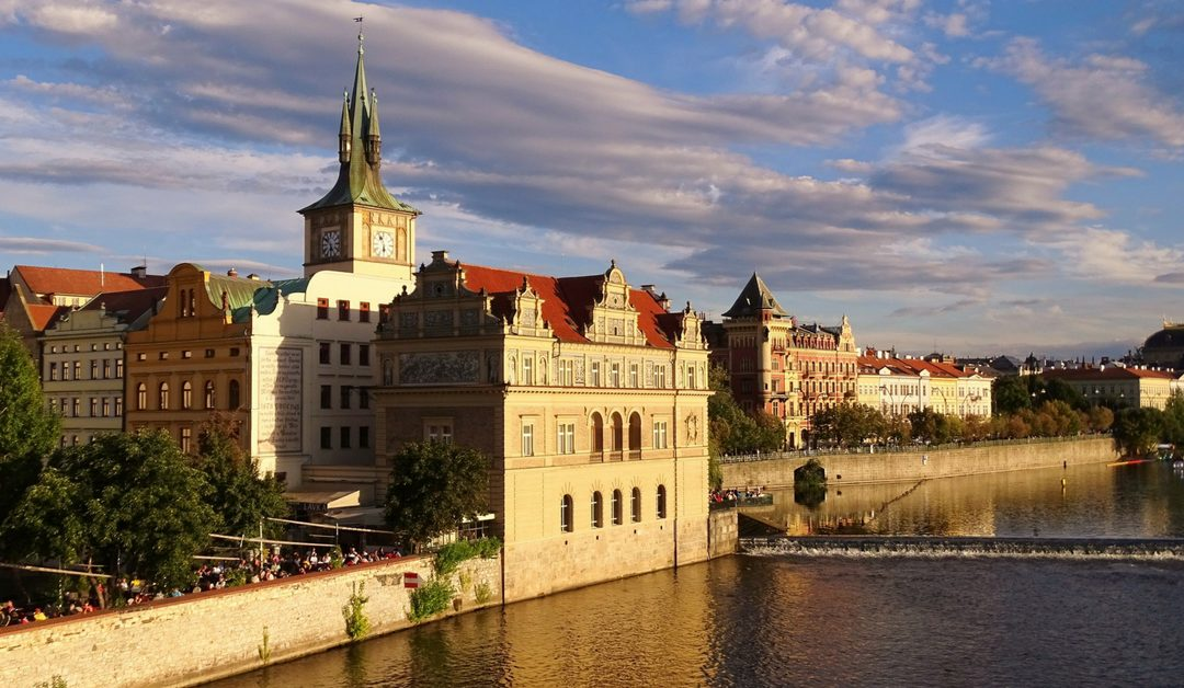 immigrate-to-the-Czech-Republic