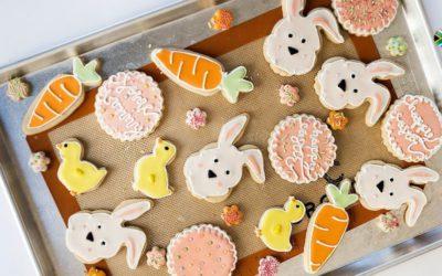 Hot cross bun inspired Easter cookies
